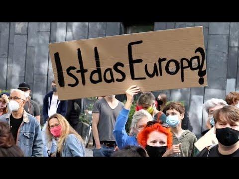 Γερμανία: Διαδηλώσεις υπέρ της υποδοχής αιτούντων άσυλο από τη Μόρια…