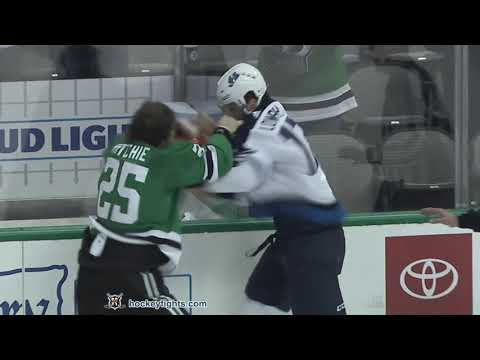 Brett Ritchie vs. Adam Lowry