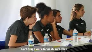 Trois arbitres fédérales du District de la Gironde ont participé durant 3 jours à ce stage à Clairefontaine, une grande fierté pour Vanessa CRUCHON, Savina ELBOUR et Maïka VANDERSTICHEL.