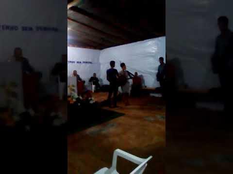 Talento escondido em Goiás... Água fria .