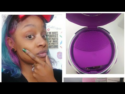 Reviewing The New Uiot Facial Cleansing Brush: Giveaway!
