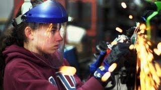 Teen Girl Rebuilds Car From Scratch