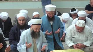 Cübbeli Ahmet Hoca Efendi'nin Hindistan Delhi'de Bedâyûnî Hazretleri'nin Kabrinde Ettiği Dua.