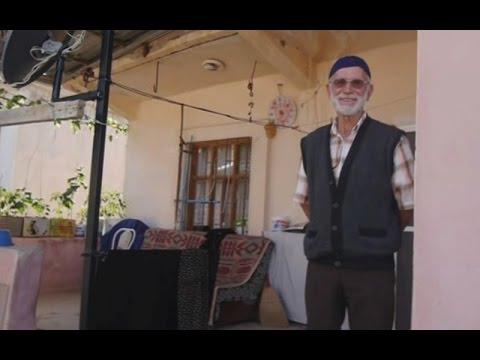 Baytürk - Kitreli'de Sokak Sohbeti ( Hamit Ertugrul )