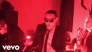 White Flag - Far East Movement  (Video)