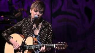 Maria Gadú & Leandro Léo - Linda Rosa (Live)