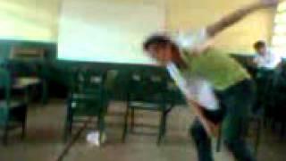 preview picture of video 'manabas raperos del colegio  nacional  tosagua'