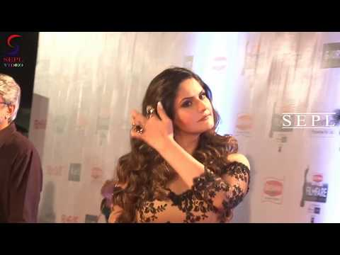Zarine Khan Looks Magnetizing At An Event !! - SEPL VIDEO