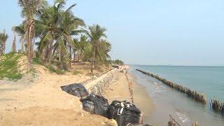 Khẩn trương tìm các biện pháp hữu hiệu để chống sạt lở, bảo vệ bờ biển Cửa Đại