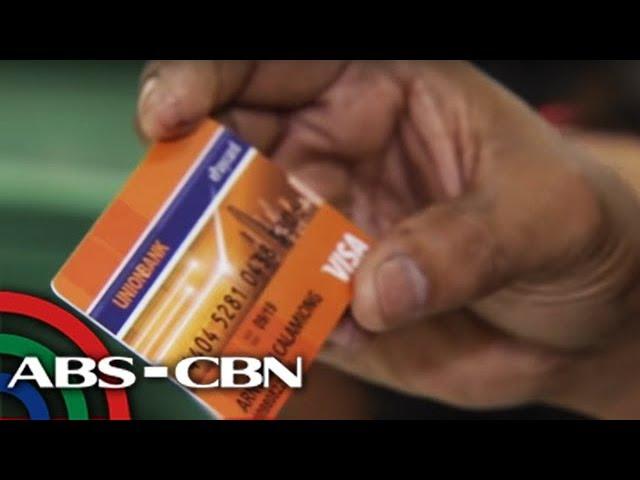 Salary loan sa ilang branch ng SSS ipapasok sa cash cards | TV Patrol