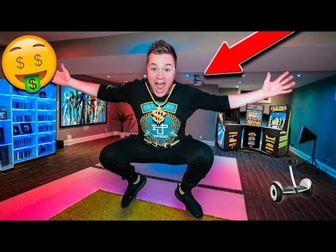 PAPA JAKE BILLIONAIRE HOUSE TOUR!! Gaming Setup, Toy Room & More!