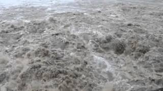preview picture of video 'Kraftwerk Greifenstein Hochwasser Juni 2013'