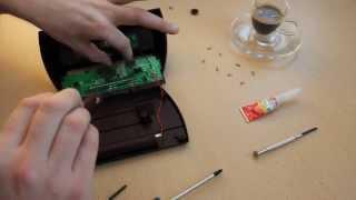 Schachuhr DGT 2010 - Reparieren des Wippschalters
