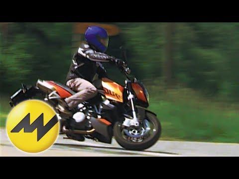 Test KTM 990 Super Duke Tim Schrick testet für Moto