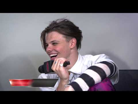 Yungblud Talks About His Forthcoming Album + New Track with Travis Barker and Machine Gun Kelly