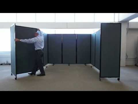 The ultimate portable partition wall in action