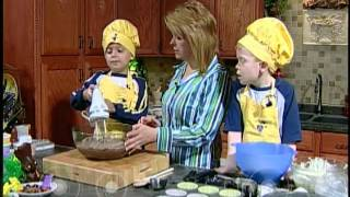 Everyday Manna With Lisa Smith: Easter Bunny Cake With Austin And Aaron
