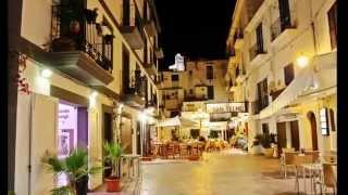 preview picture of video 'Un paseo por la noche de Ibiza'