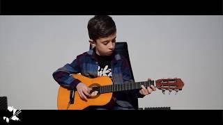 Araz Bozacı - Uzun İnce Bir Yoldayım (solo)