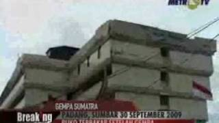 Video Detik Detik Gempa Sumatera (30 September 2009)