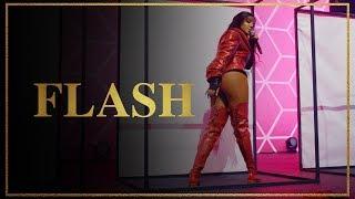 Ludmilla   Flash   DVD Hello Mundo (Ao Vivo)