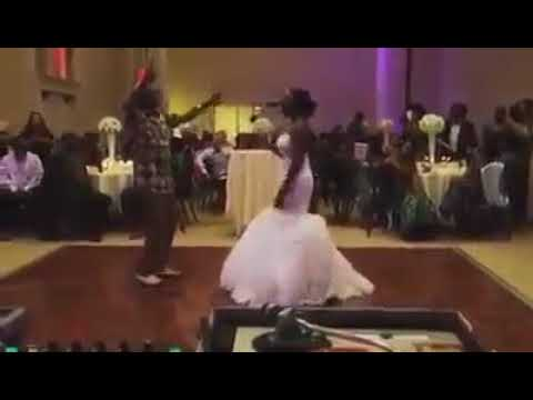 Thomas Mapfumo on dancefloor with daughter at her wedding
