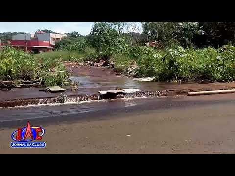 Grande desperdício de água limpa preocupa vizinhança - Jornal da Clube 2ª Edição (02/01/2018)