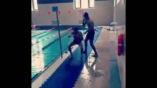 Али Багаутдинов тренировка в бассейне