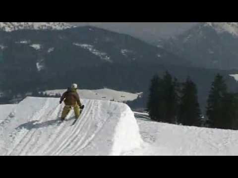 QParks- Snowpark Waidring Freeskiing