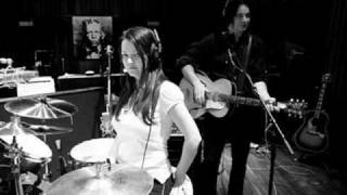 The White Stripes - Yer Blues (Beatles cover)