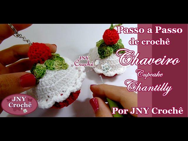 Chaveiro Cupcake de crochê Chantilly  9685172179c