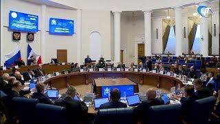 В областной думе еще один парламентарий станет работать за зарплату