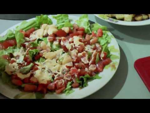 Салат цезарь с красной рыбой рецепт | Caesar Salad