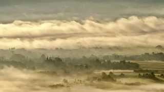preview picture of video 'Poranne mgły w dolinie Wisłoki , z Liwocza'