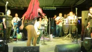 BAILANDO PUNTA HONDURAS