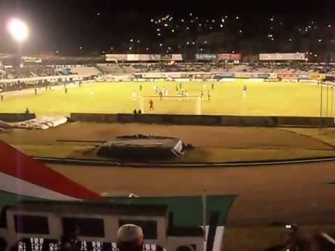 """""""MURGA GARRA DEL OSO"""" Barra: La Garra del Oso • Club: Liga de Loja"""