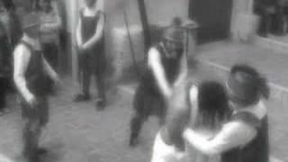 preview picture of video 'Via Crucis Porto Empeodcle 2007 - Flagellazione'