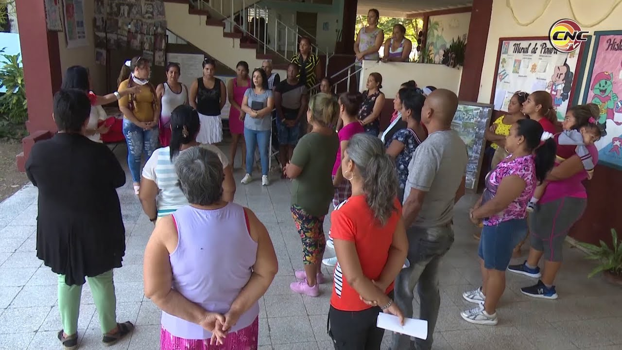 Intensifican labor de prevención en centros educacionales de Granma para evitar el Coronavirus
