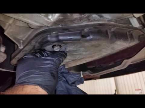 Фото к видео: Полная замена масла в автоматической коробке передач 2007 Pontiac Vibe