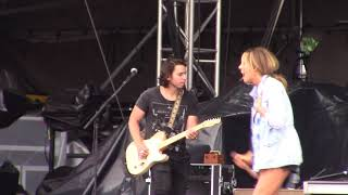 Carly Pearce   Hide The Wine   Country USA 2018