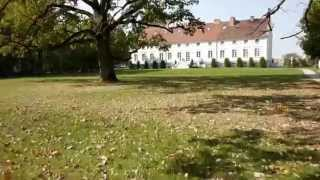 preview picture of video 'Autumn in Kaliszki Manor - Jesień na Mazurach'