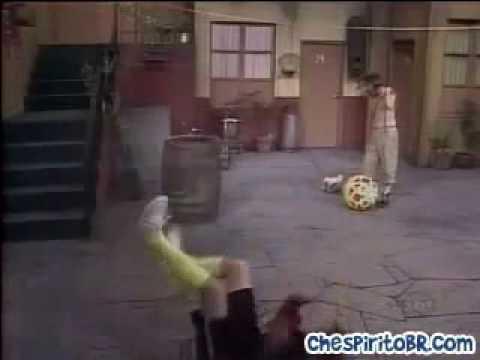 Kiko do Chaves interpreta Rogério Ceni em como pular num penalty