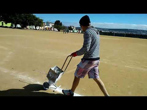 Marcando campo da Ester , máquina de marcar campo