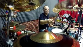 I WALK BESIDE YOU (Dream Theater) DRUM COVER by ALYSSON REZENDE