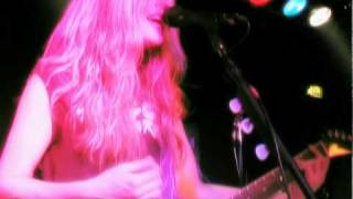 "The Donnas - Live ""Wasted"" // Tribal Area"