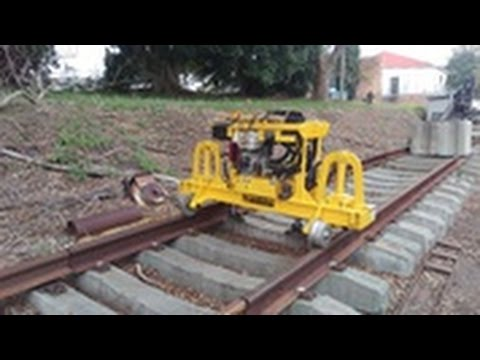 Hire RAIL - TRACK JACK (MOTORISED)