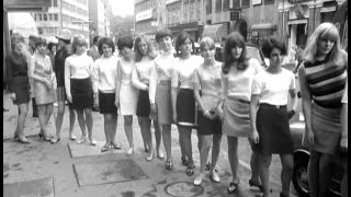Retrospectacle: The Rise Of The Miniskirt - Decades TV Network