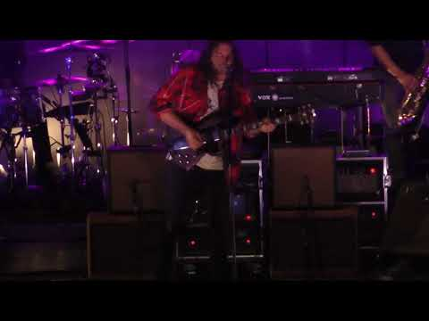 The War On Drugs - Pain (Dell Music Center) Philadelphia,Pa 9.21.17
