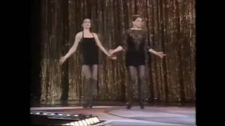 Chicago: Ann  Reinking & Bebe Neuwirth (1997)