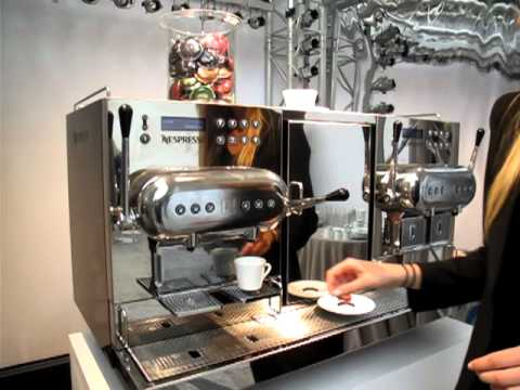 La nouvelle machine caf nespresso aguila caross e pour la restauration - Nouvelle machine a cafe ...